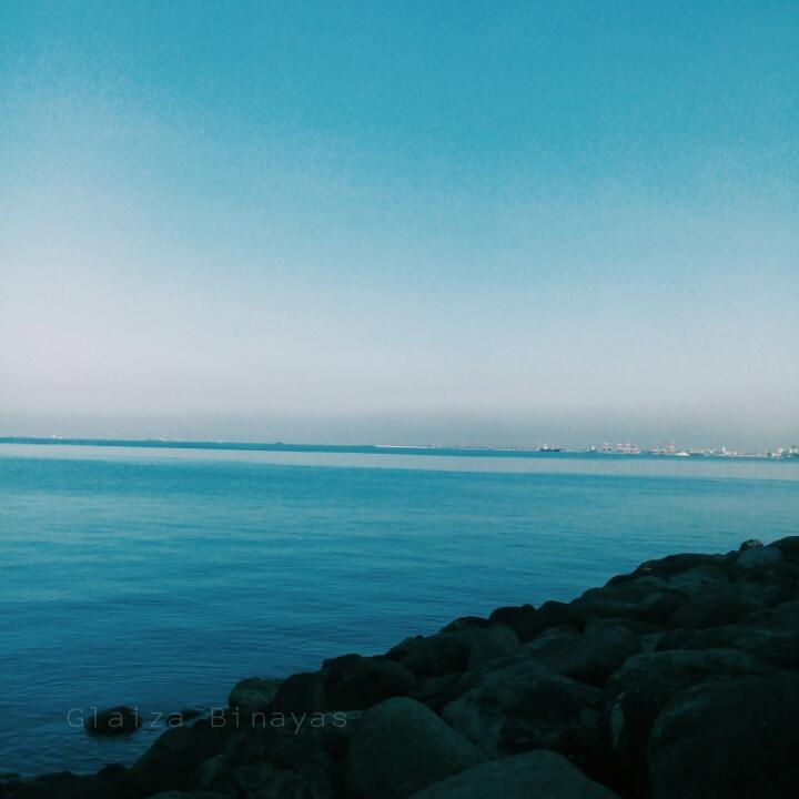 DEEP BLUE BAY